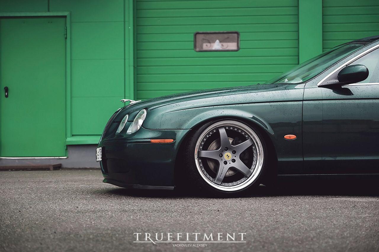 Jaguar S Type - Féline posée ! 1