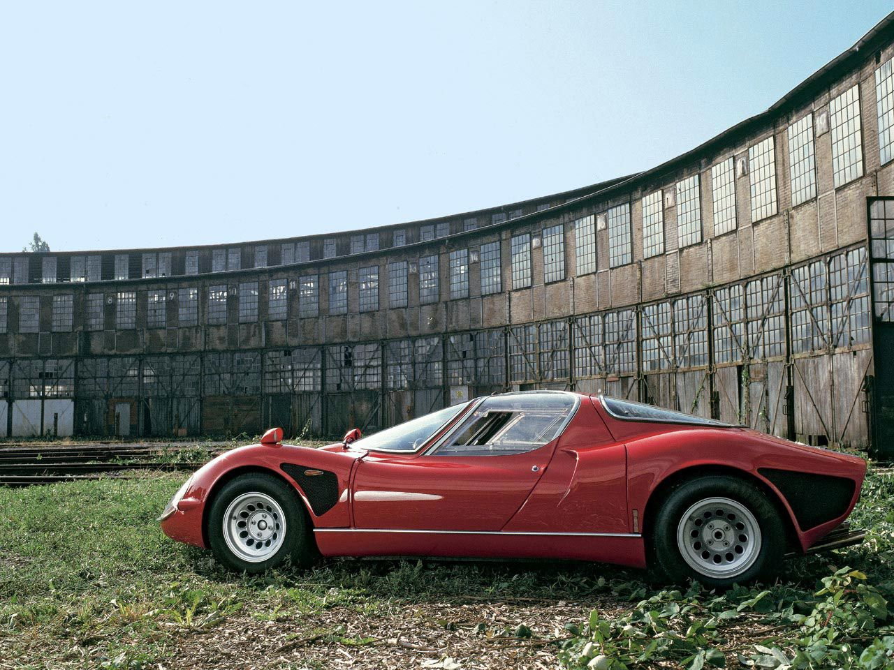 Engine Sound : Alfa Romeo 33 Stradale - Alfantastique ? 18