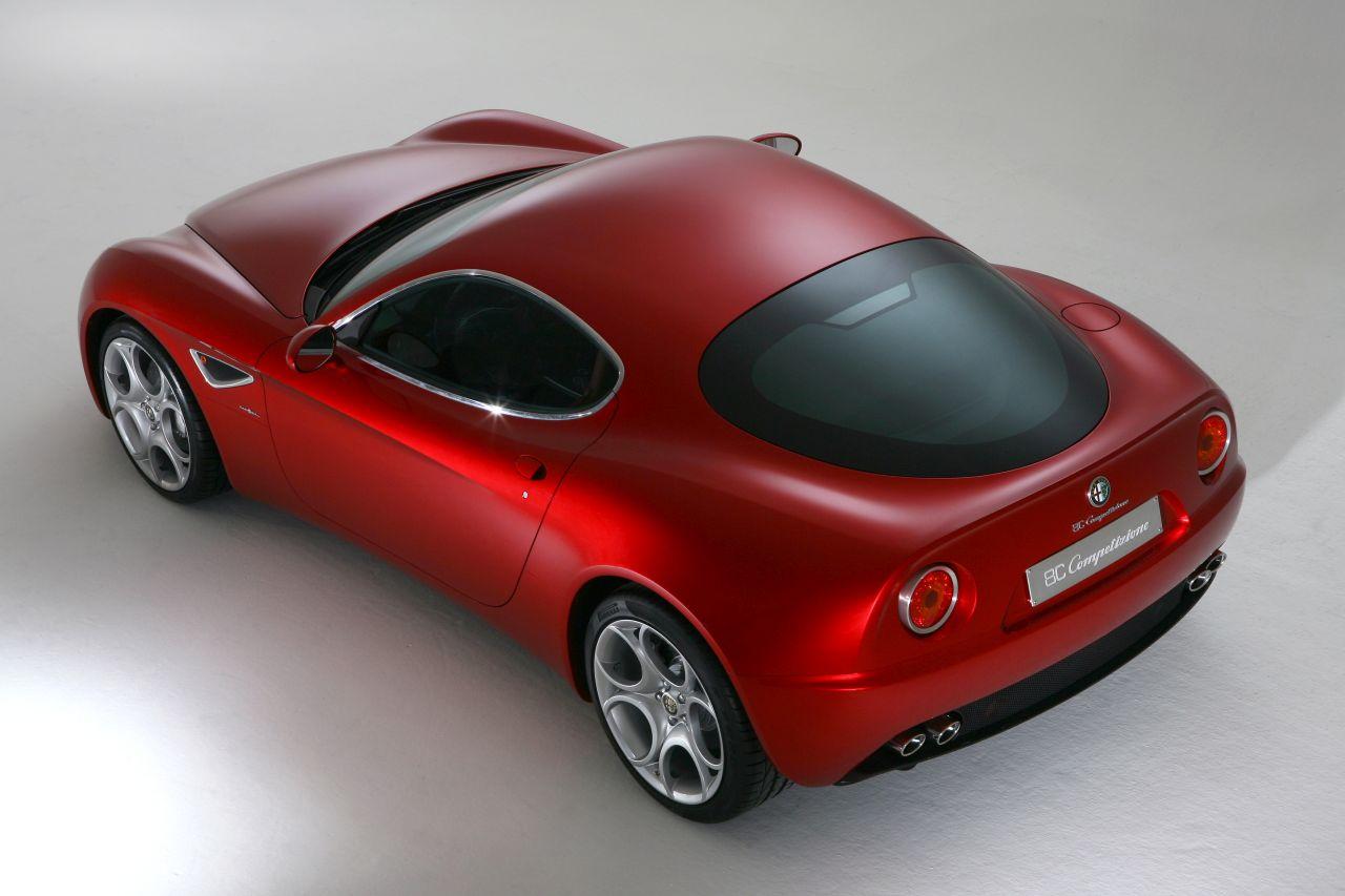 Retour des Alfa GTV et 8C ! Problème de dénomination ? 45