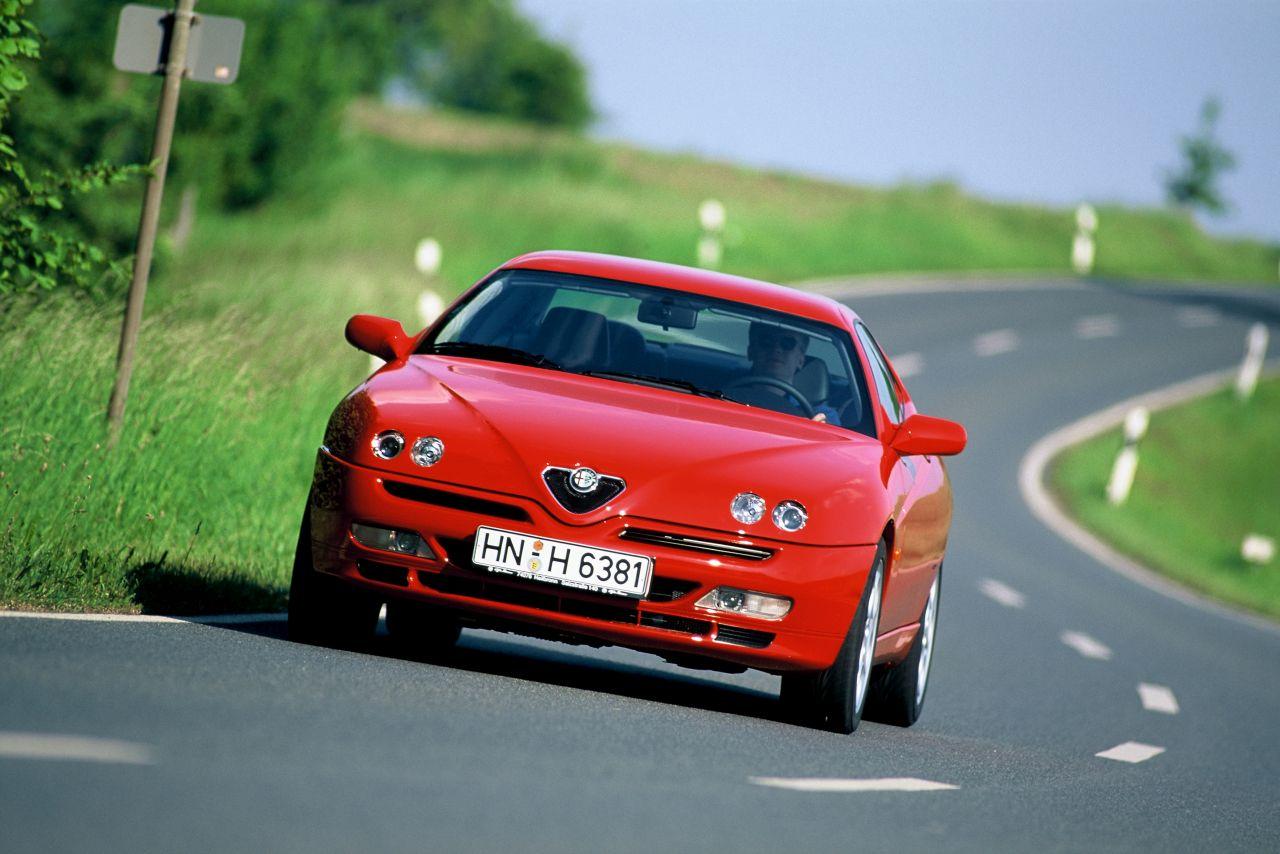Retour des Alfa GTV et 8C ! Problème de dénomination ? 34
