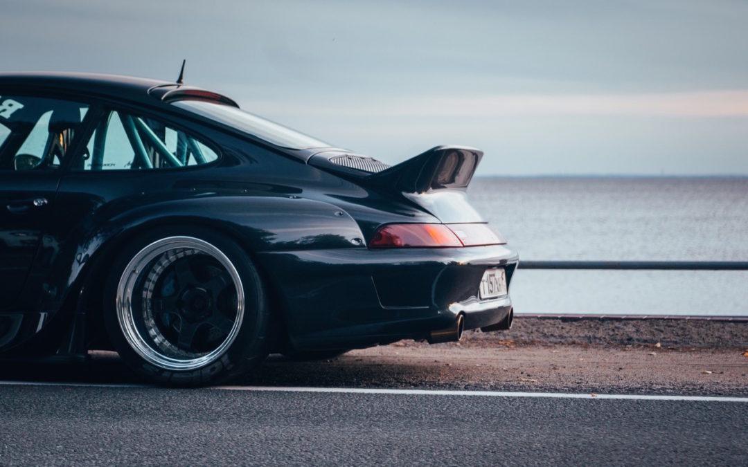 Porsche 993 Carrera RWB ! Presque sobre…