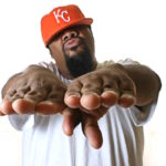 "A Fond : Fat Man Scoop – ""Puts Your Hands Up"""