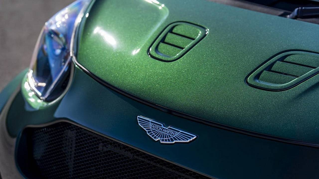 Aston Martin Cygnet... V8 ! Le retour de Rocco et de Mimi Mathy 30