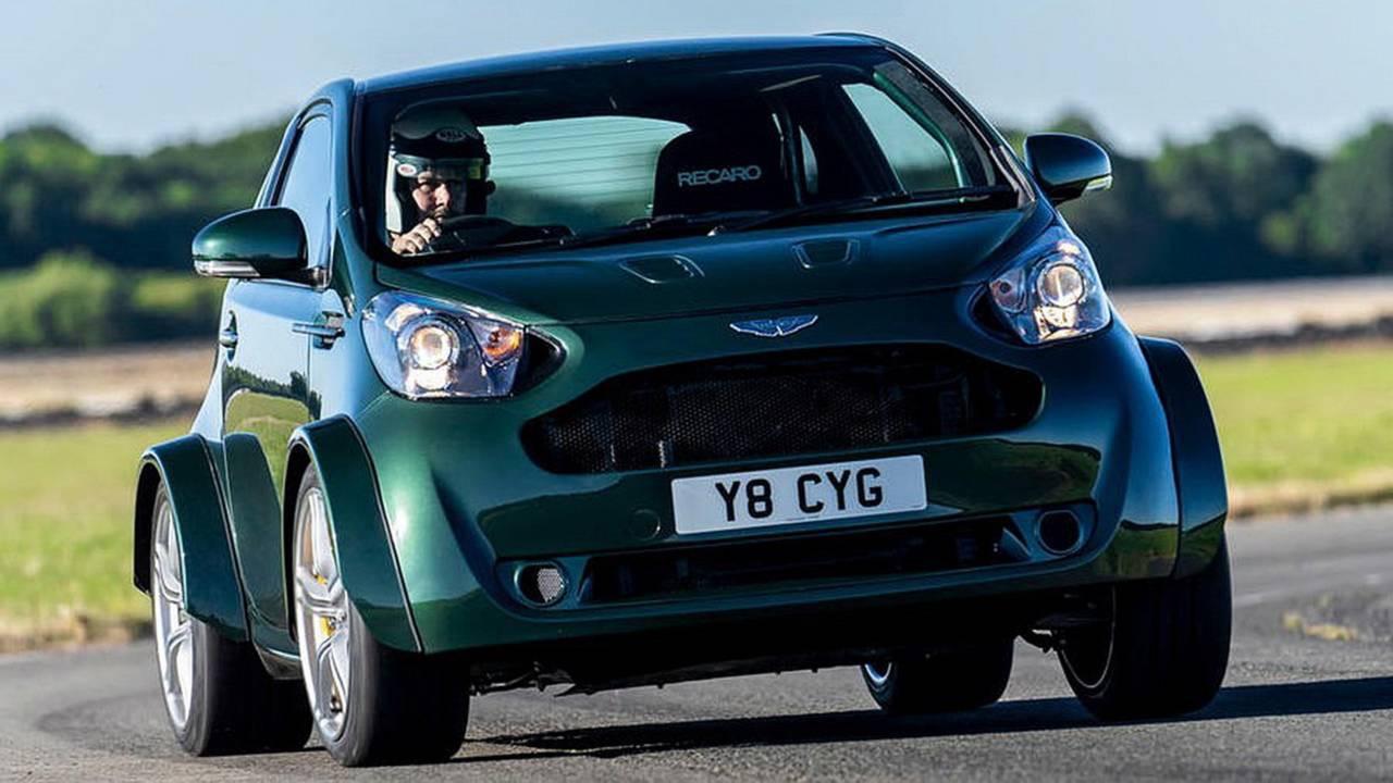 Aston Martin Cygnet... V8 ! Le retour de Rocco et de Mimi Mathy 35