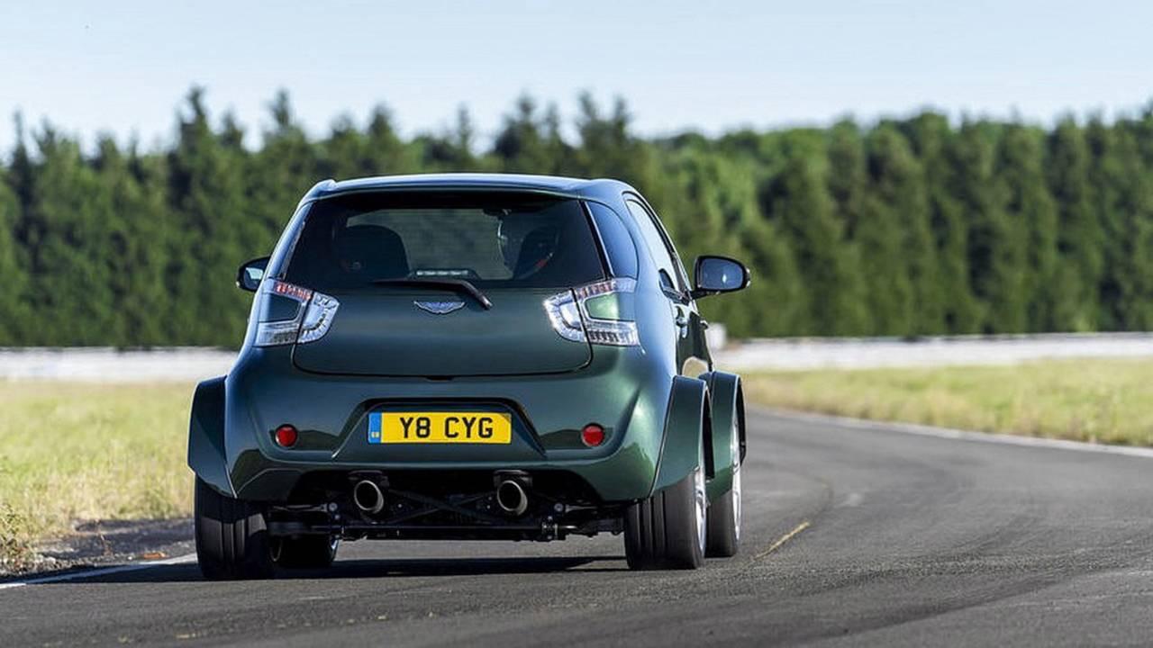 Aston Martin Cygnet... V8 ! Le retour de Rocco et de Mimi Mathy 38