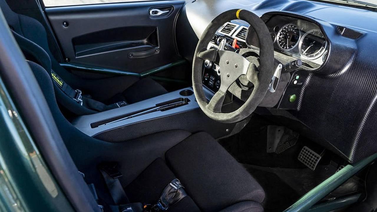 Aston Martin Cygnet... V8 ! Le retour de Rocco et de Mimi Mathy 36