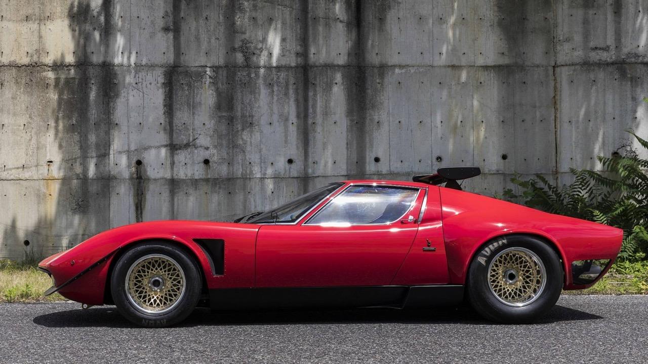 Lamborghini Miura SVR... Unique ! 3