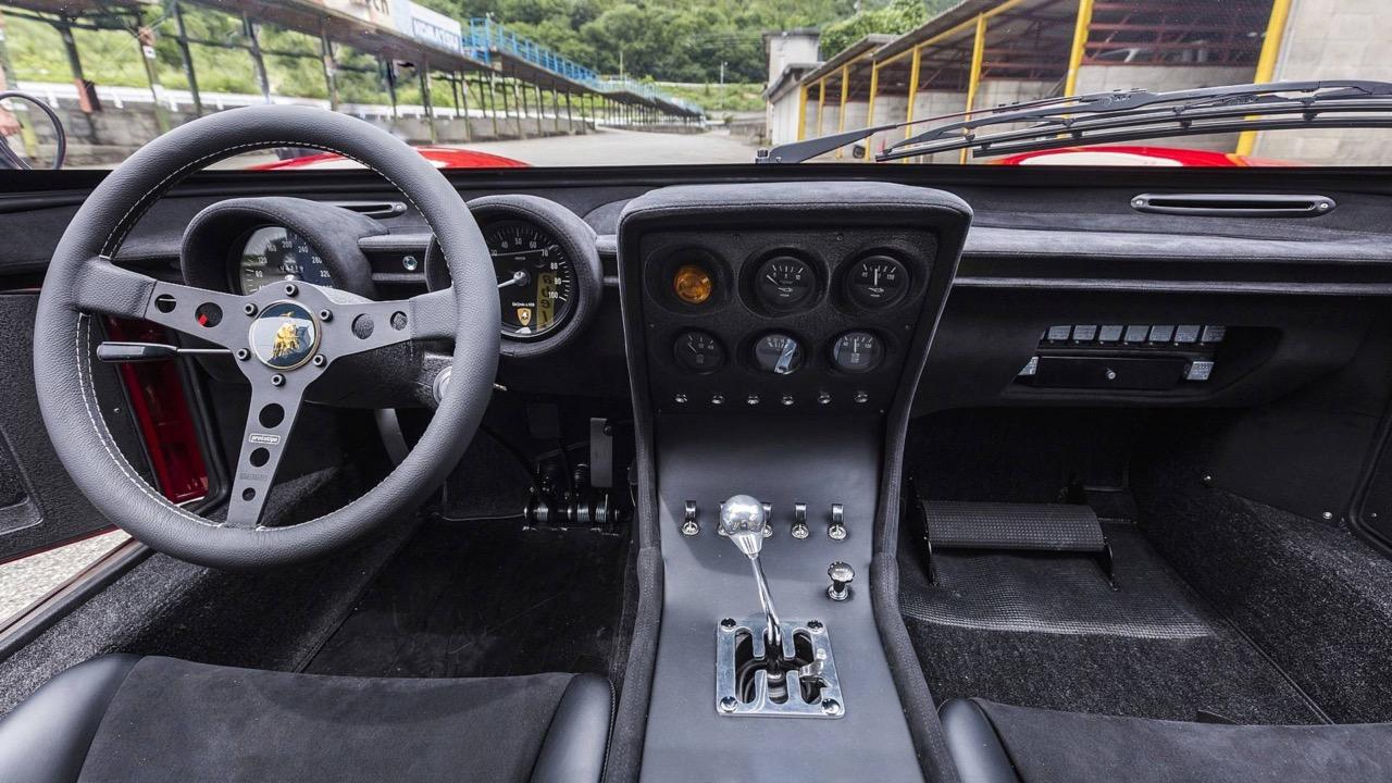 Lamborghini Miura SVR... Unique ! 9