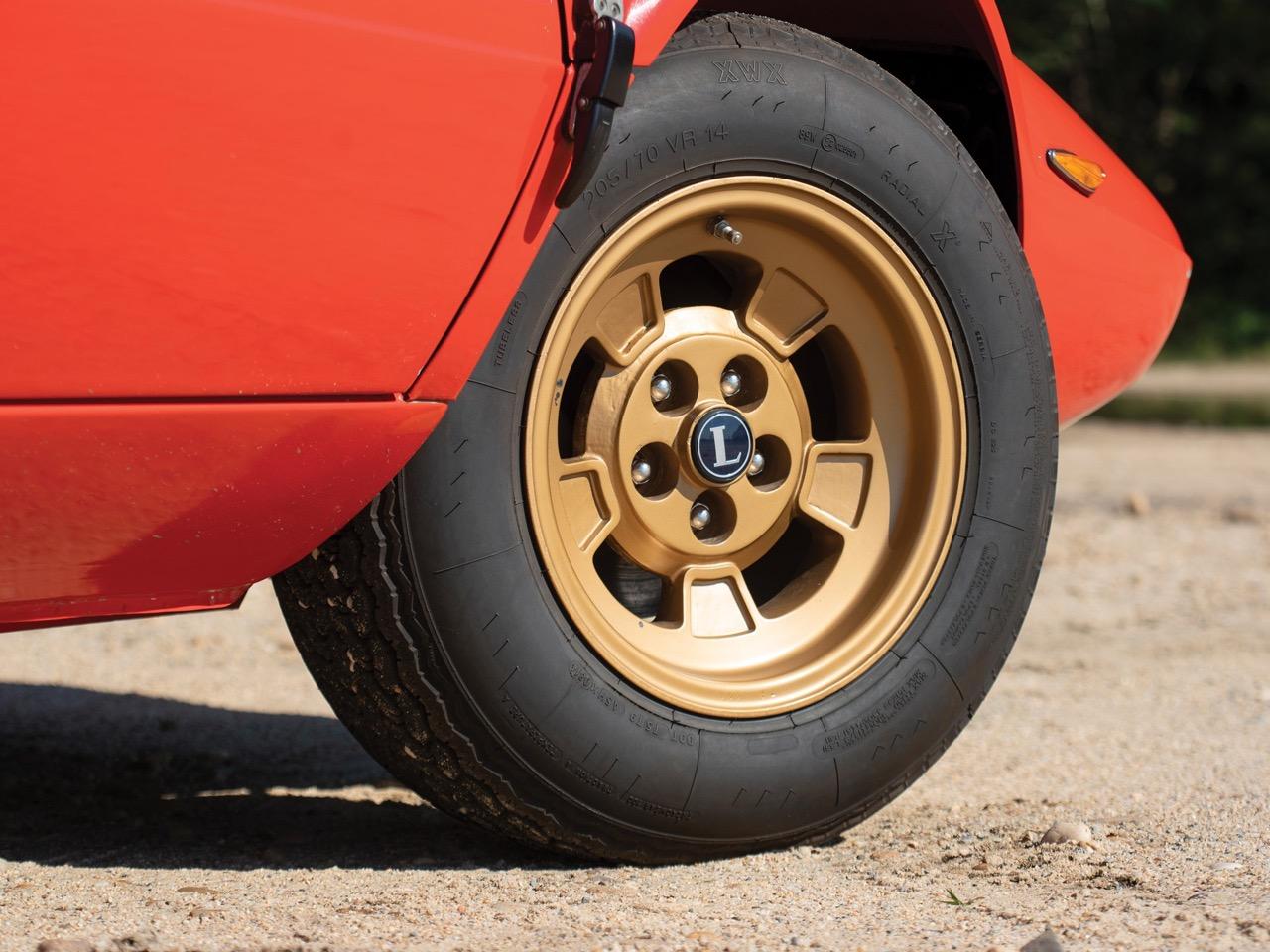 Lancia Stratos : La belle est la bête ! 32