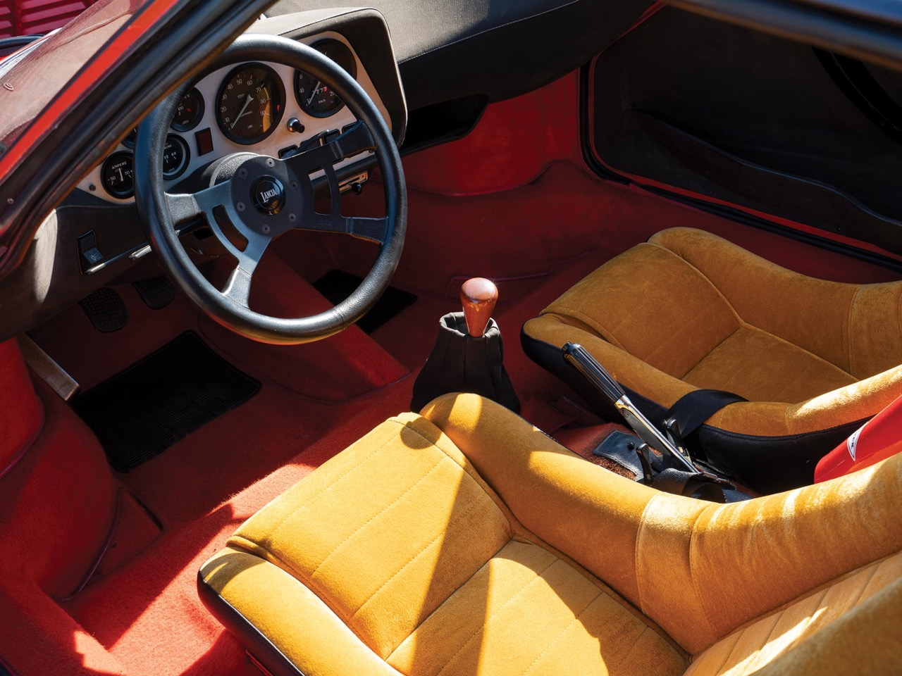Lancia Stratos : La belle est la bête ! 25