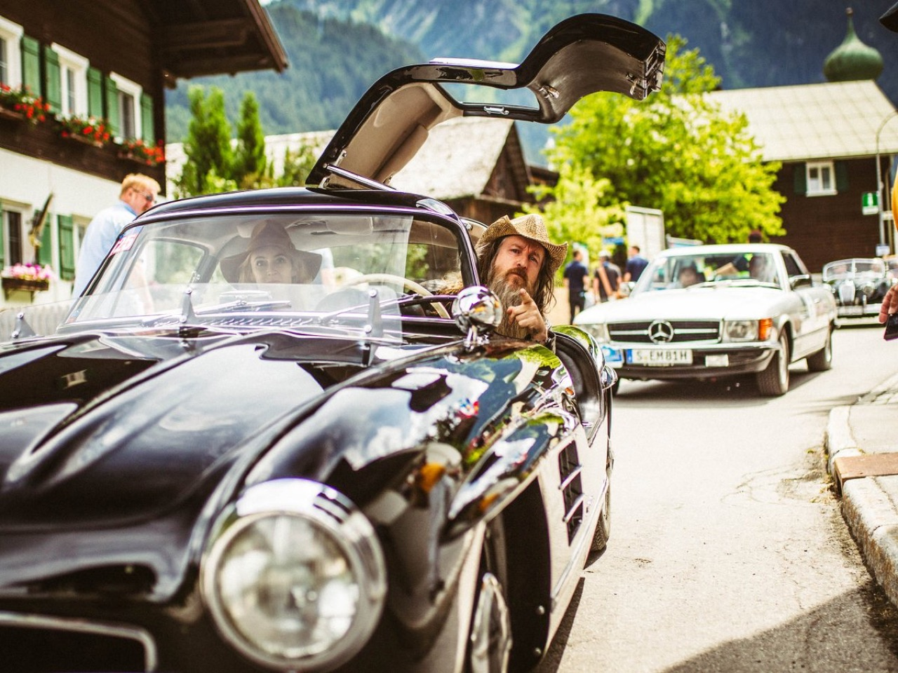 Magnus Walker en Mercedes 300 SL... C'est Porsche qui va être jaloux ! 3