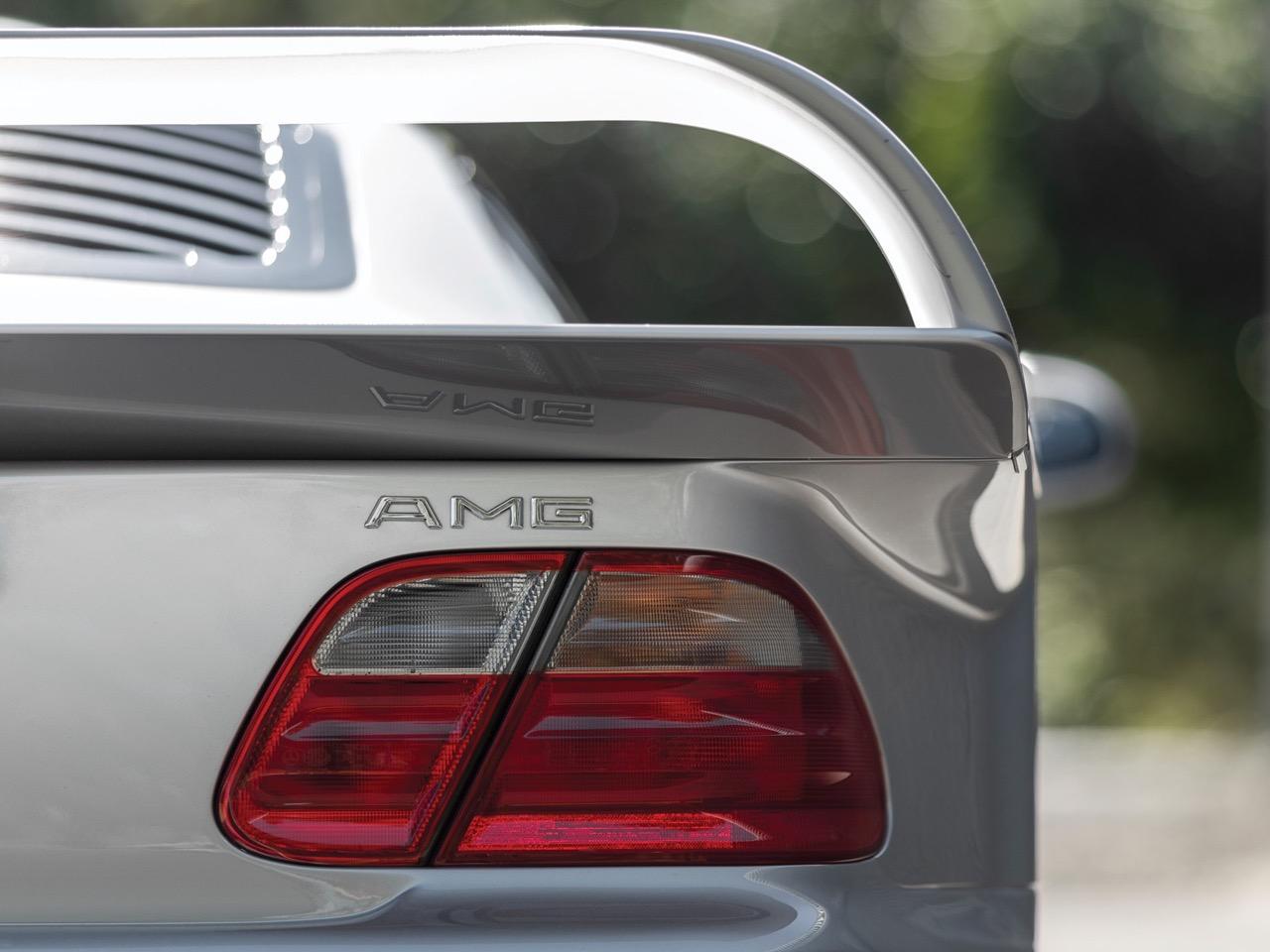 Mercedes CLK GTR... Street Legal Ultime ! 93