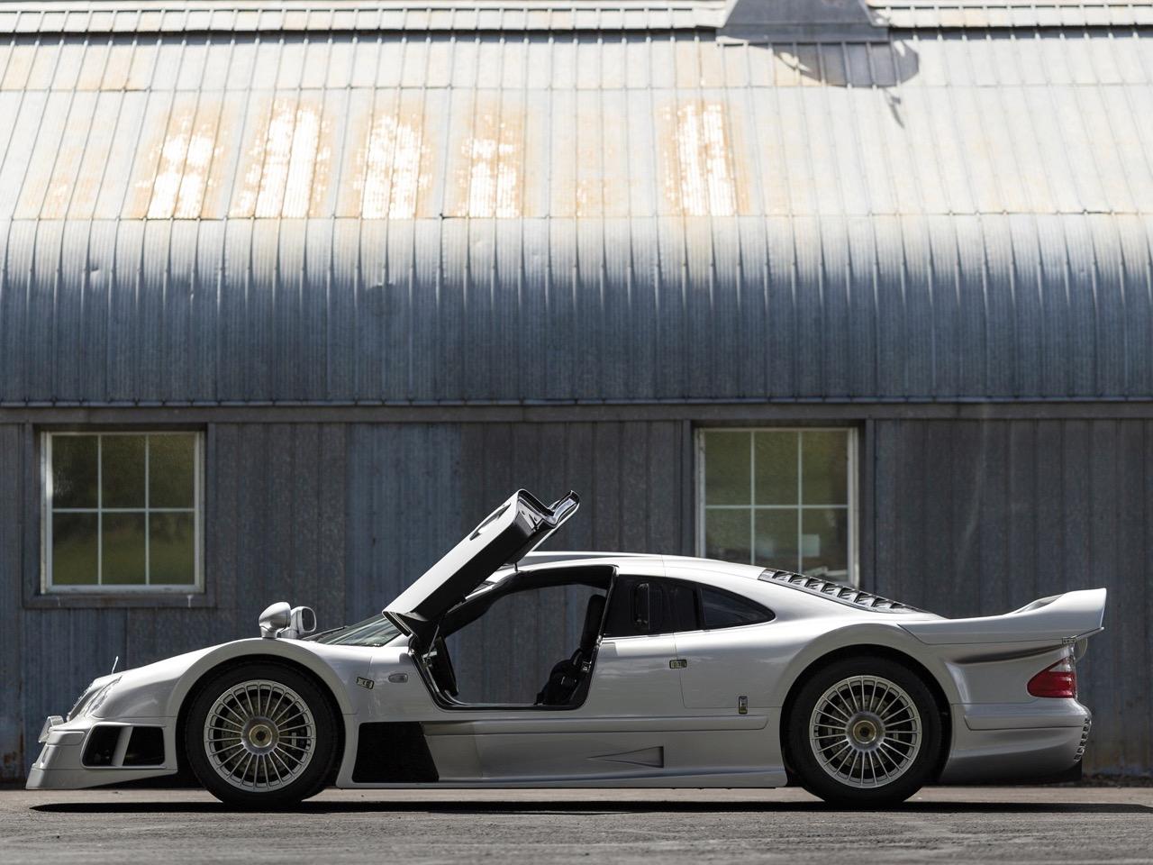 Mercedes CLK GTR... Street Legal Ultime ! 101