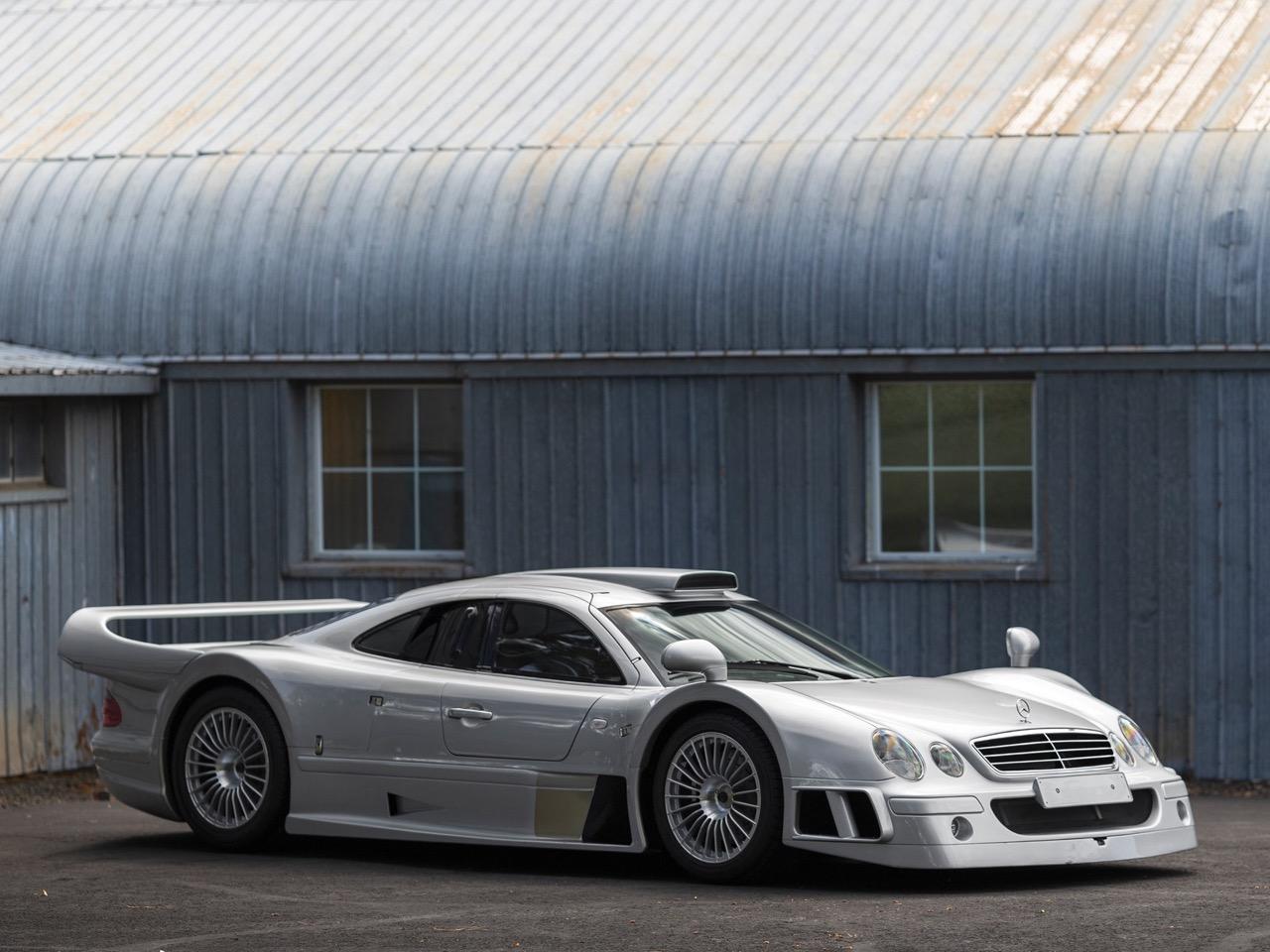Mercedes CLK GTR... Street Legal Ultime ! 89
