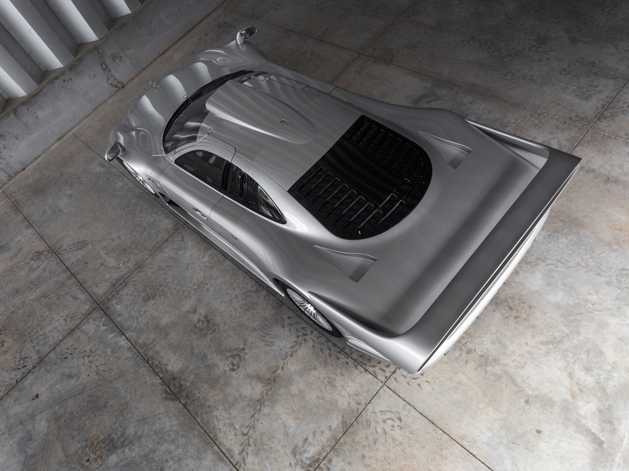 Mercedes CLK GTR... Street Legal Ultime ! 85