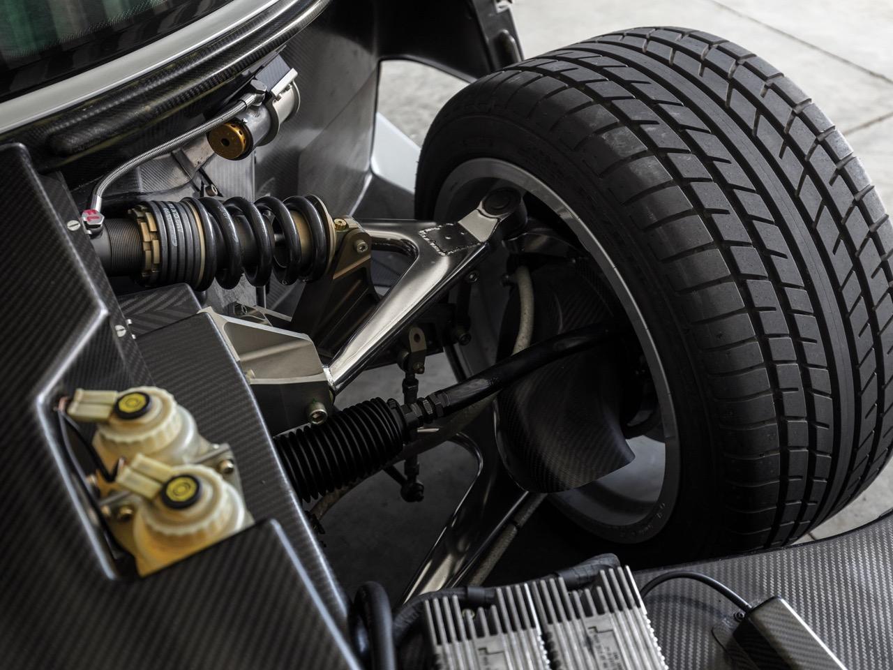 Mercedes CLK GTR... Street Legal Ultime ! 86