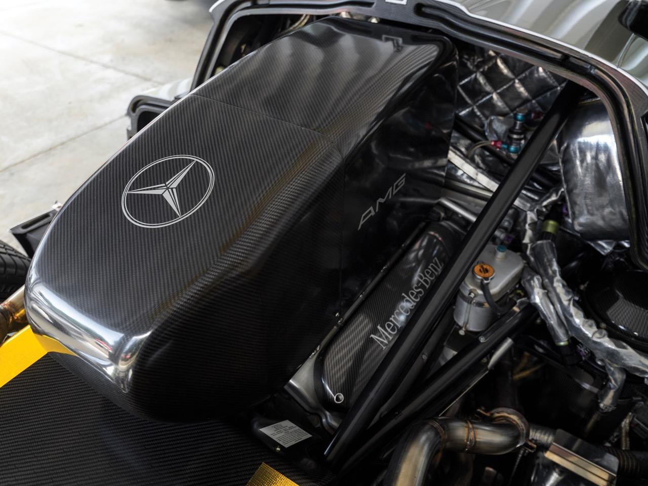 Mercedes CLK GTR... Street Legal Ultime ! 83