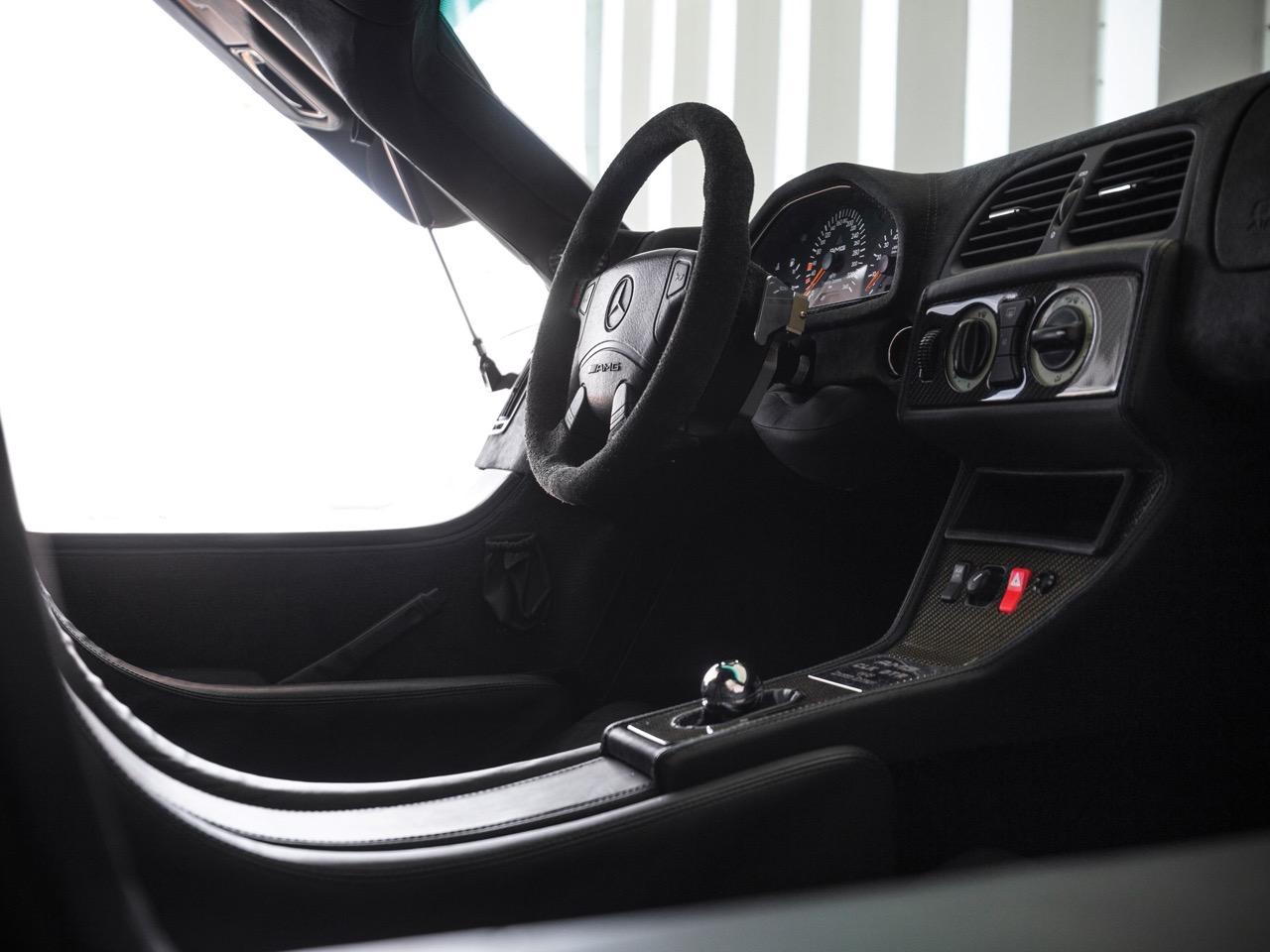 Mercedes CLK GTR... Street Legal Ultime ! 77