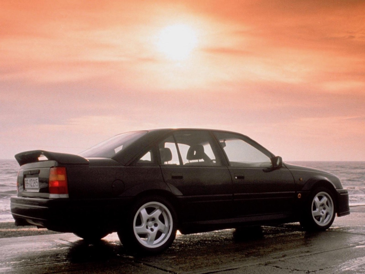 Opel Omega Lotus - Le monstre des 90's ! 54