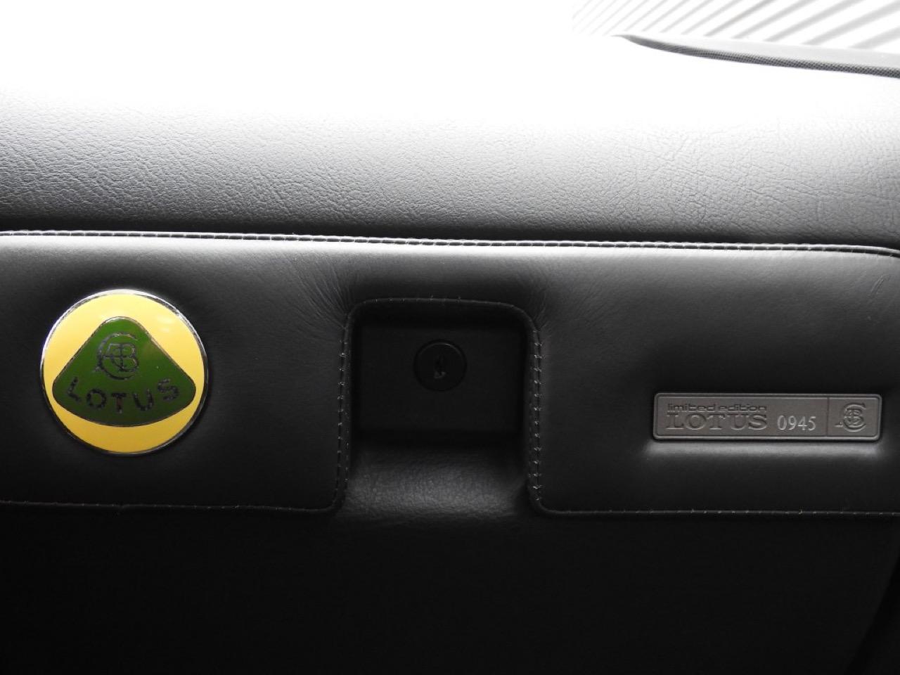 Opel Omega Lotus - Le monstre des 90's ! 46