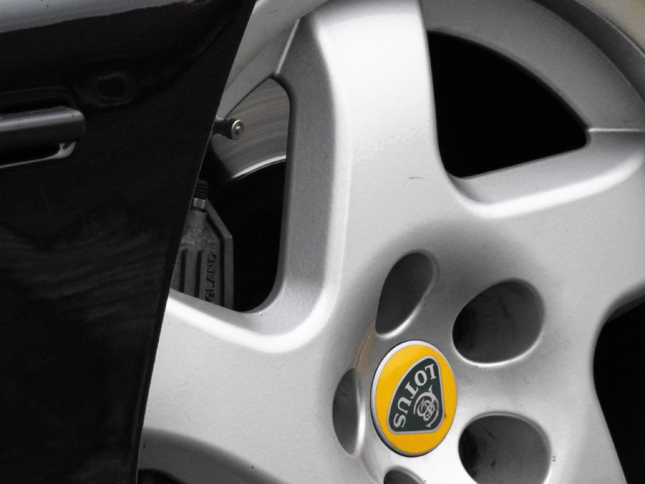 Opel Omega Lotus - Le monstre des 90's ! 49