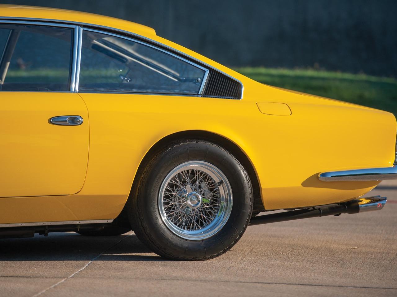 '68 Ferrari 365 GT 2+2 - Le charme des familiales ! 38