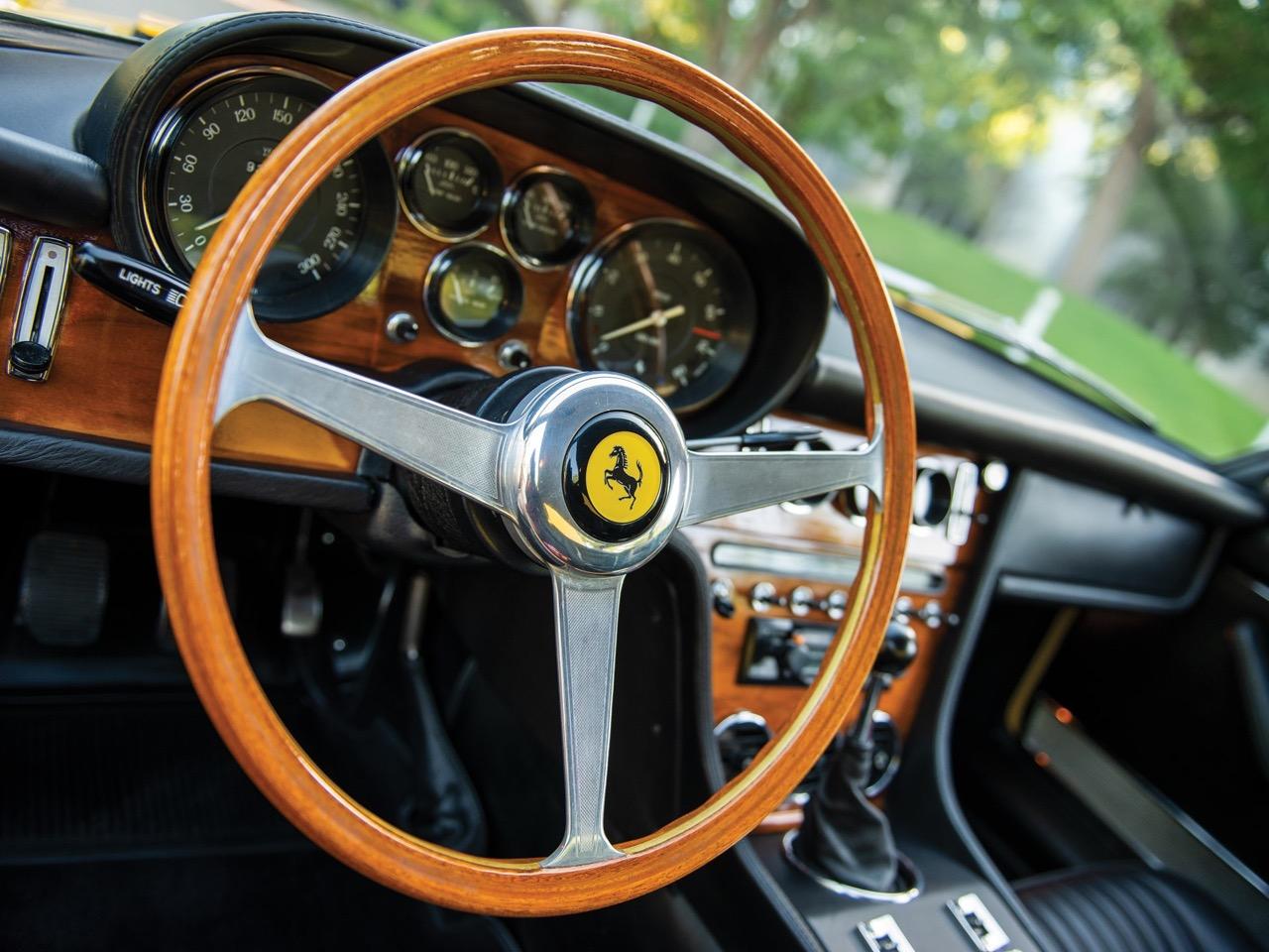 '68 Ferrari 365 GT 2+2 - Le charme des familiales ! 63