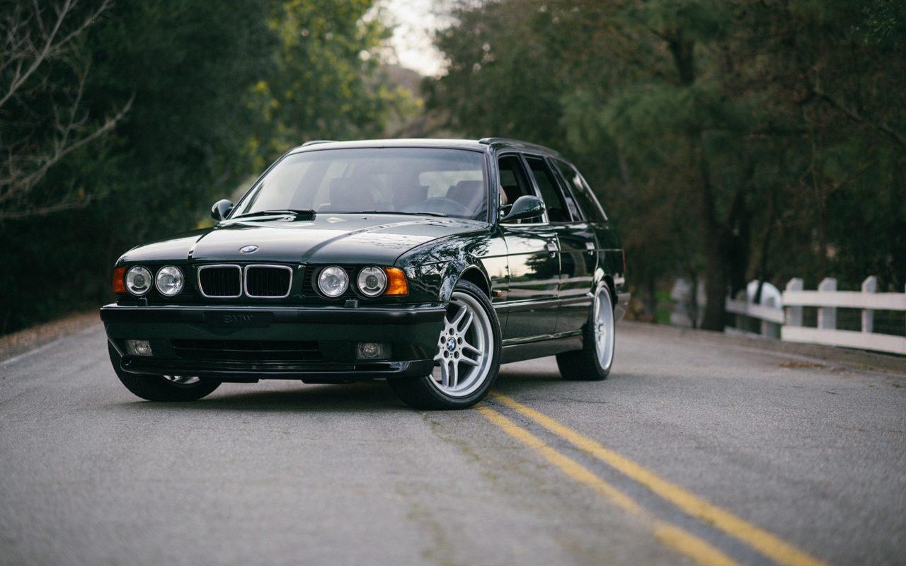 BMW M5 3.8l E34 Touring Elekta - Plus rare que rare... 48