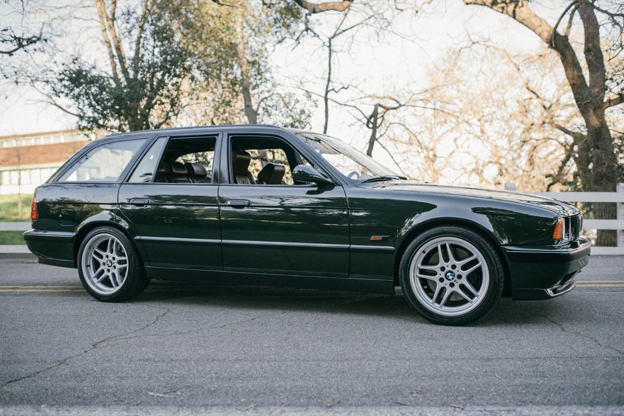 BMW M5 3.8l E34 Touring Elekta - Plus rare que rare... 5