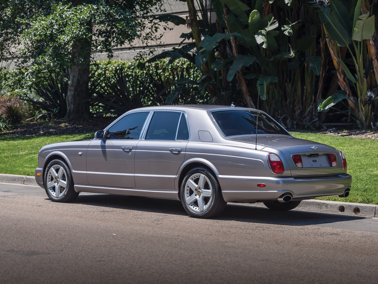 2003 Bentley Arnage T... Nickelle pour la retraite ! 13