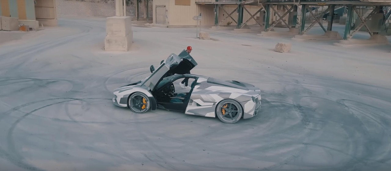 Ferrari LaFerrari... Covering & Donuts ! 20