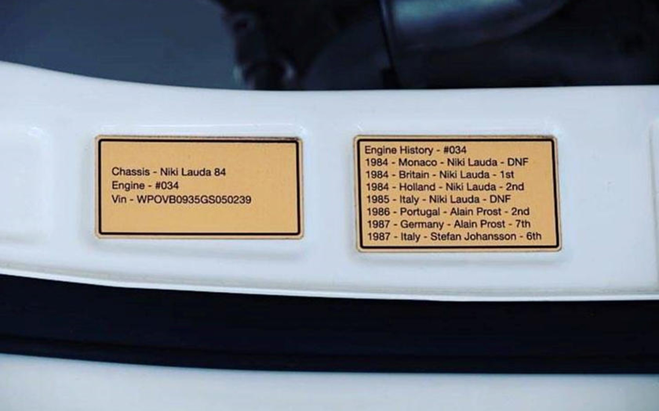 OVNI : Une 911 avec un moteur de F1 ! 24