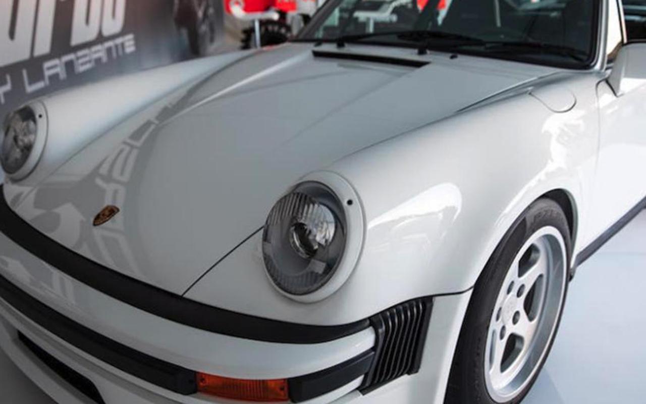 OVNI : Une 911 avec un moteur de F1 ! 19