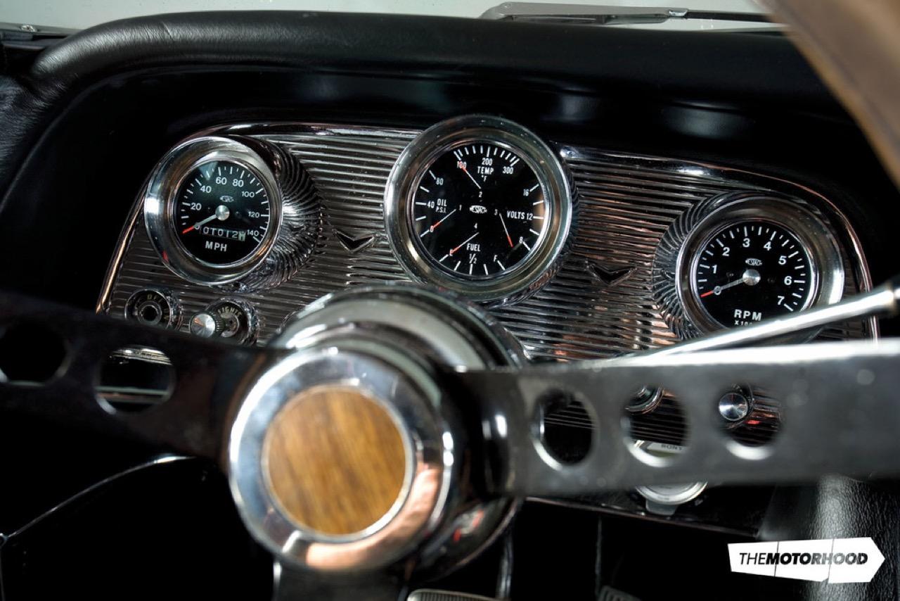 Rusty racer : Twinturbo Ford Thunderbird... 36