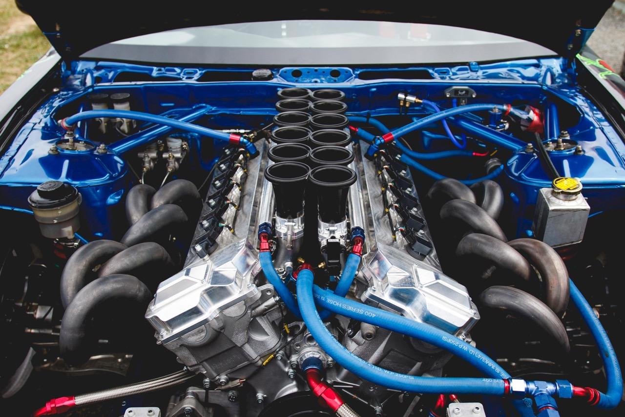 Une Nissan S14 en V12...?! Oui, ça existe ! 4