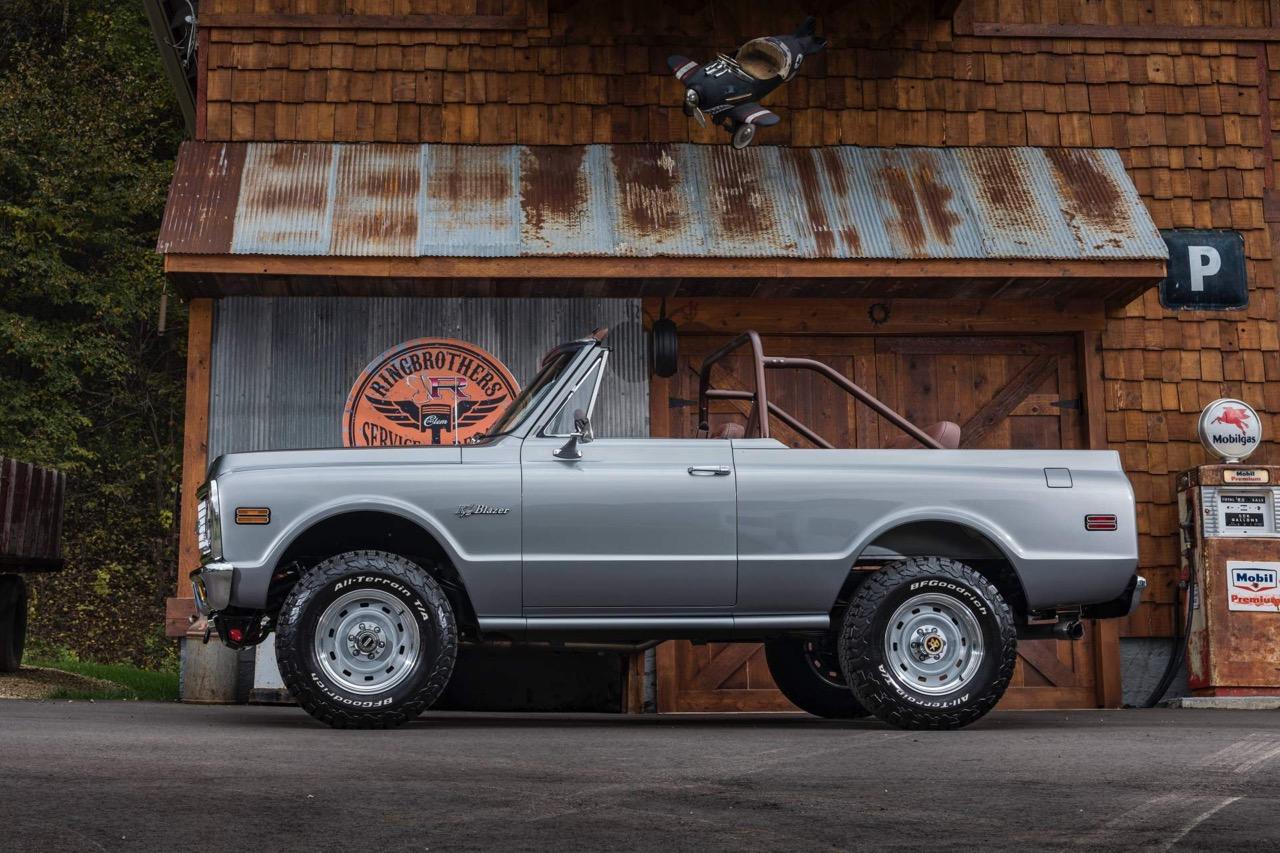 #SEMA : Ringbrothers '71 Chevy Blazer K3 - SUV en LS3 ! 22