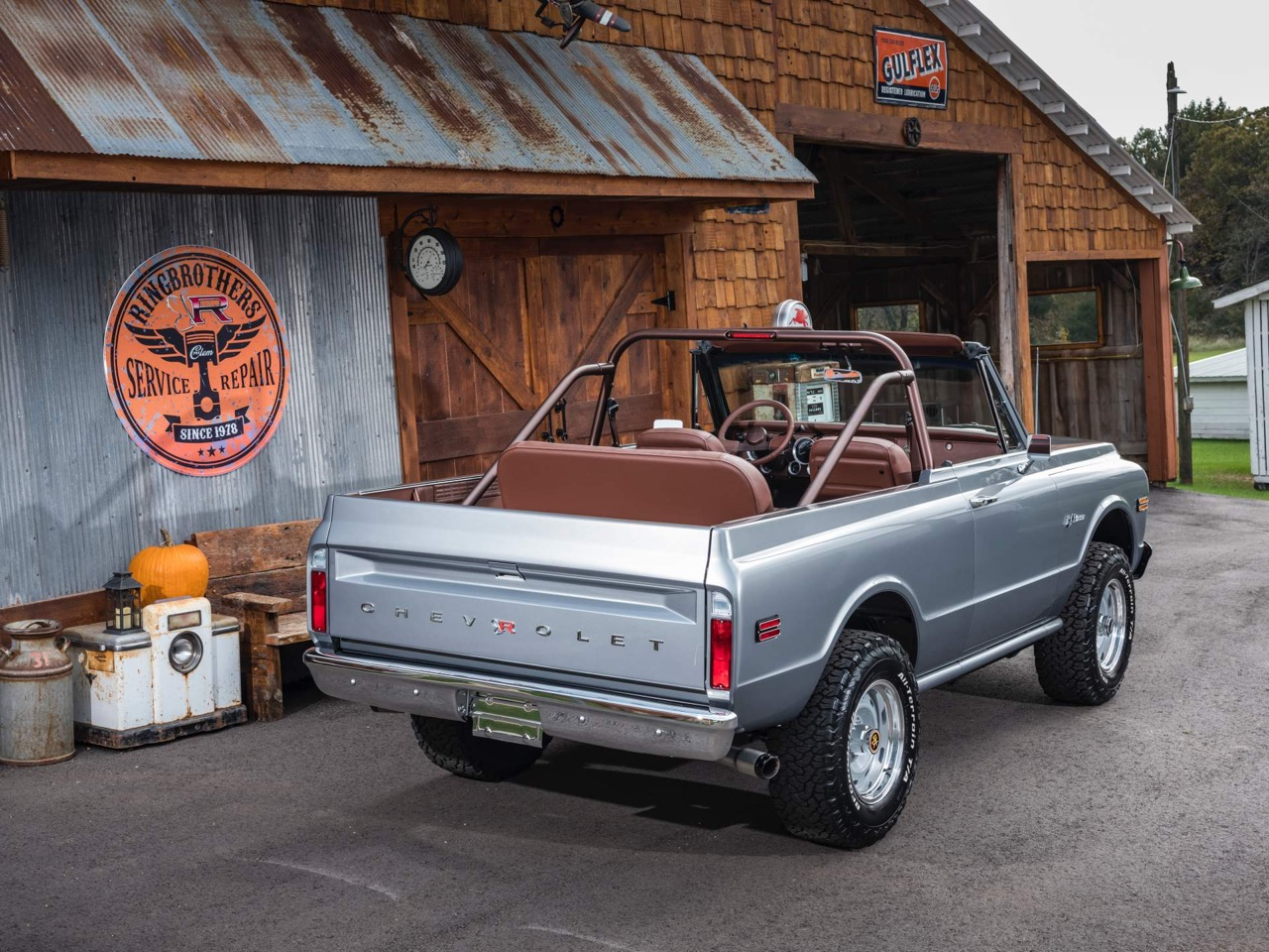 #SEMA : Ringbrothers '71 Chevy Blazer K3 - SUV en LS3 ! 21