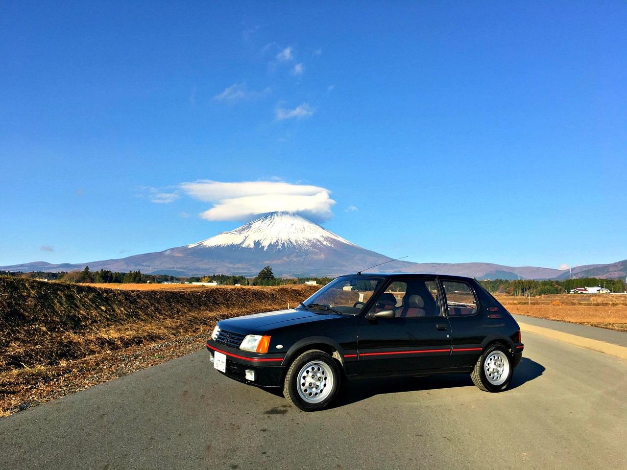 Une 205 GTI au Mont Fuji ! 5
