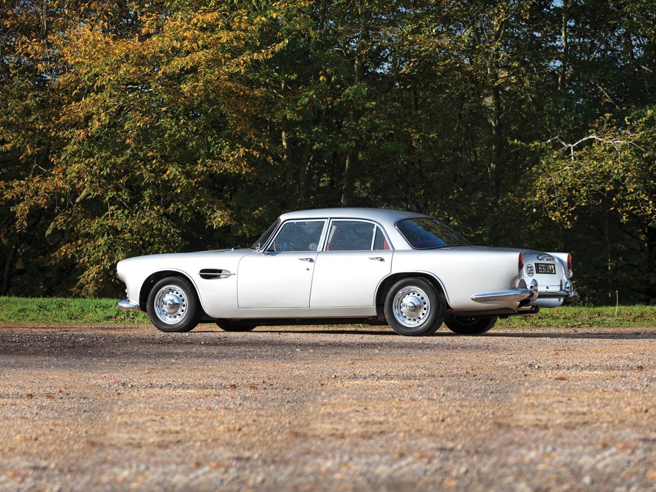 '62 Aston Martin Lagonda Rapide... Salon anglais ! 10