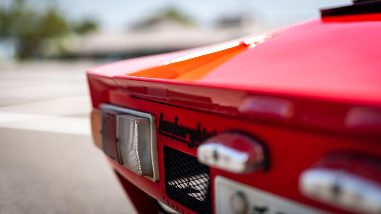 Autozam Miura... A moins que ce soit une Lamborghini AZ-1 ?! 82