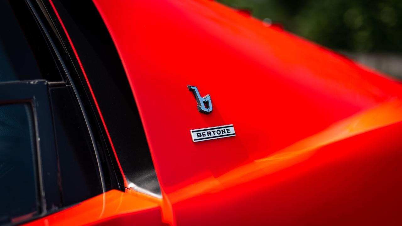 Autozam Miura... A moins que ce soit une Lamborghini AZ-1 ?! 77