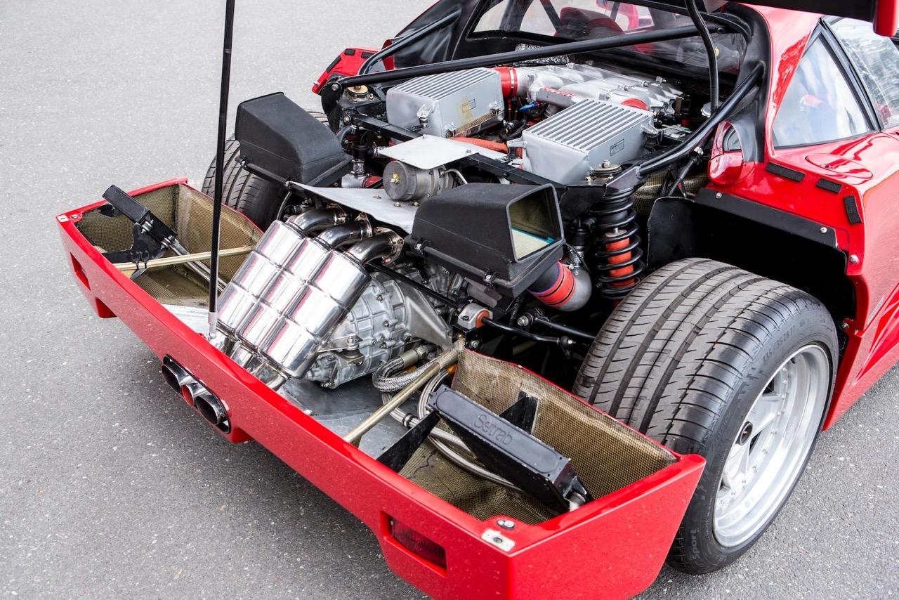 Engine sound : Ferrari F40 en mode décrassage de tympans ! 2