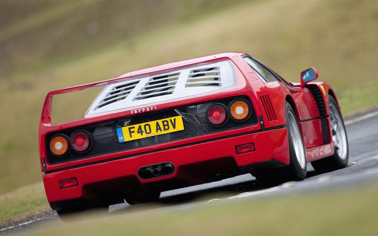 Engine sound : Ferrari F40 en mode décrassage de tympans ! 3