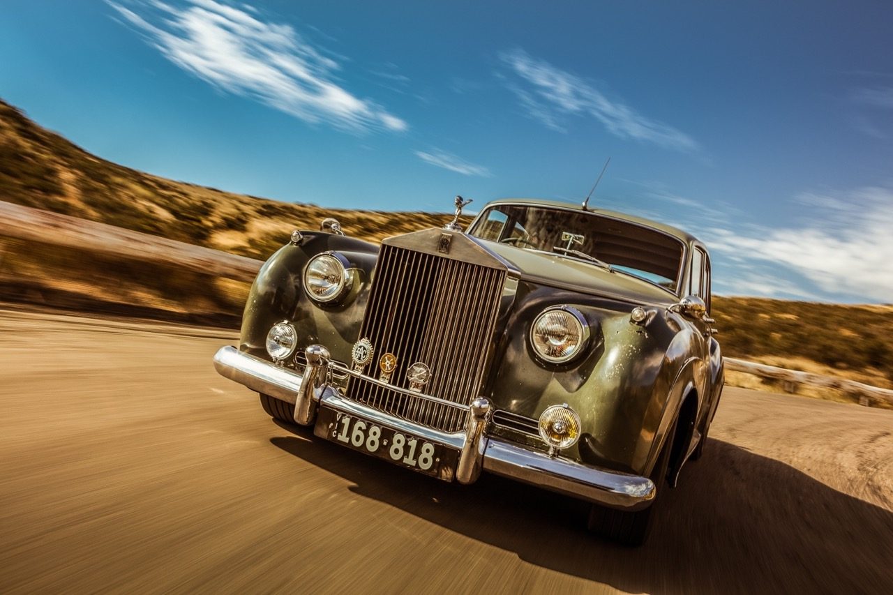 Rats '58 Rolls Royce Silver Cloud... F**k the purist ! 14