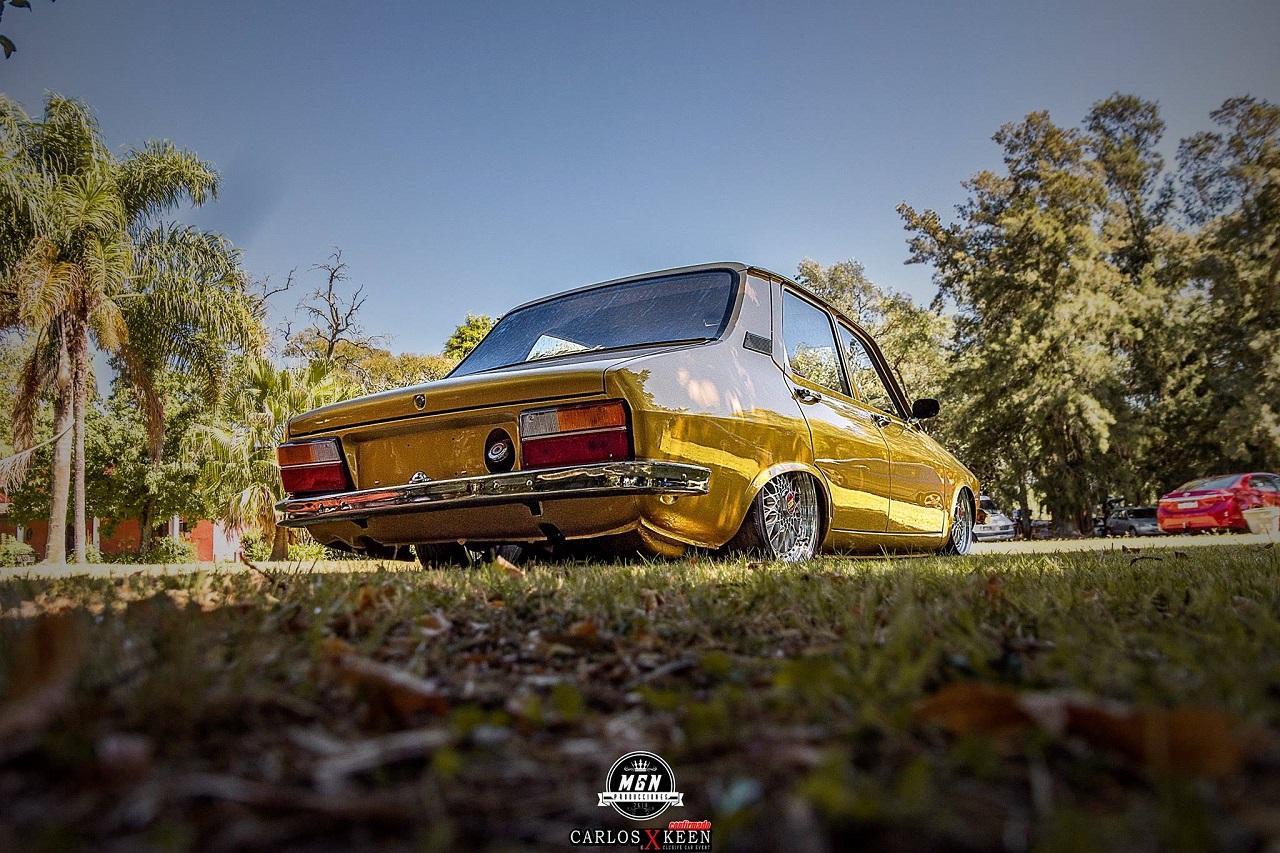Bagged Renault 12 - Hey DJ met nous donc du funk ! 3