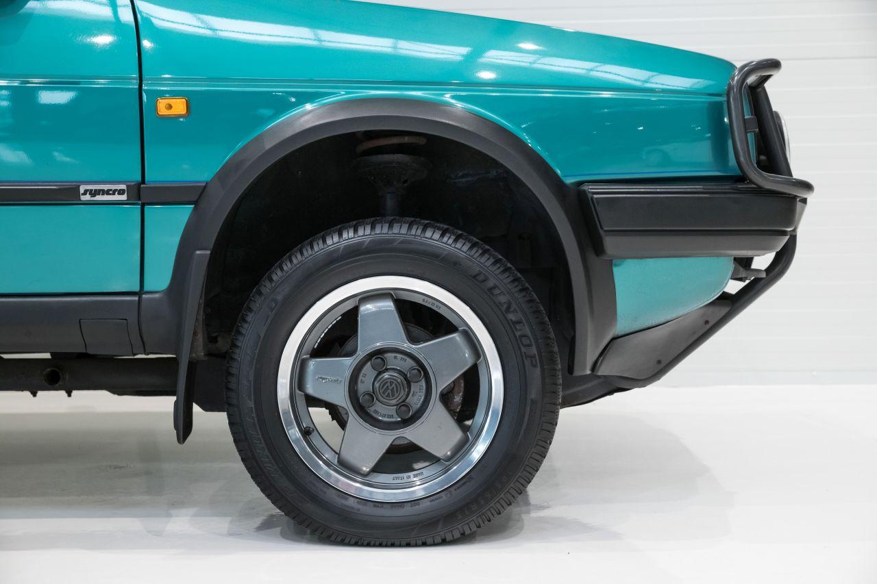 VW Golf Country - L'anti-stance dans la boue ! 5