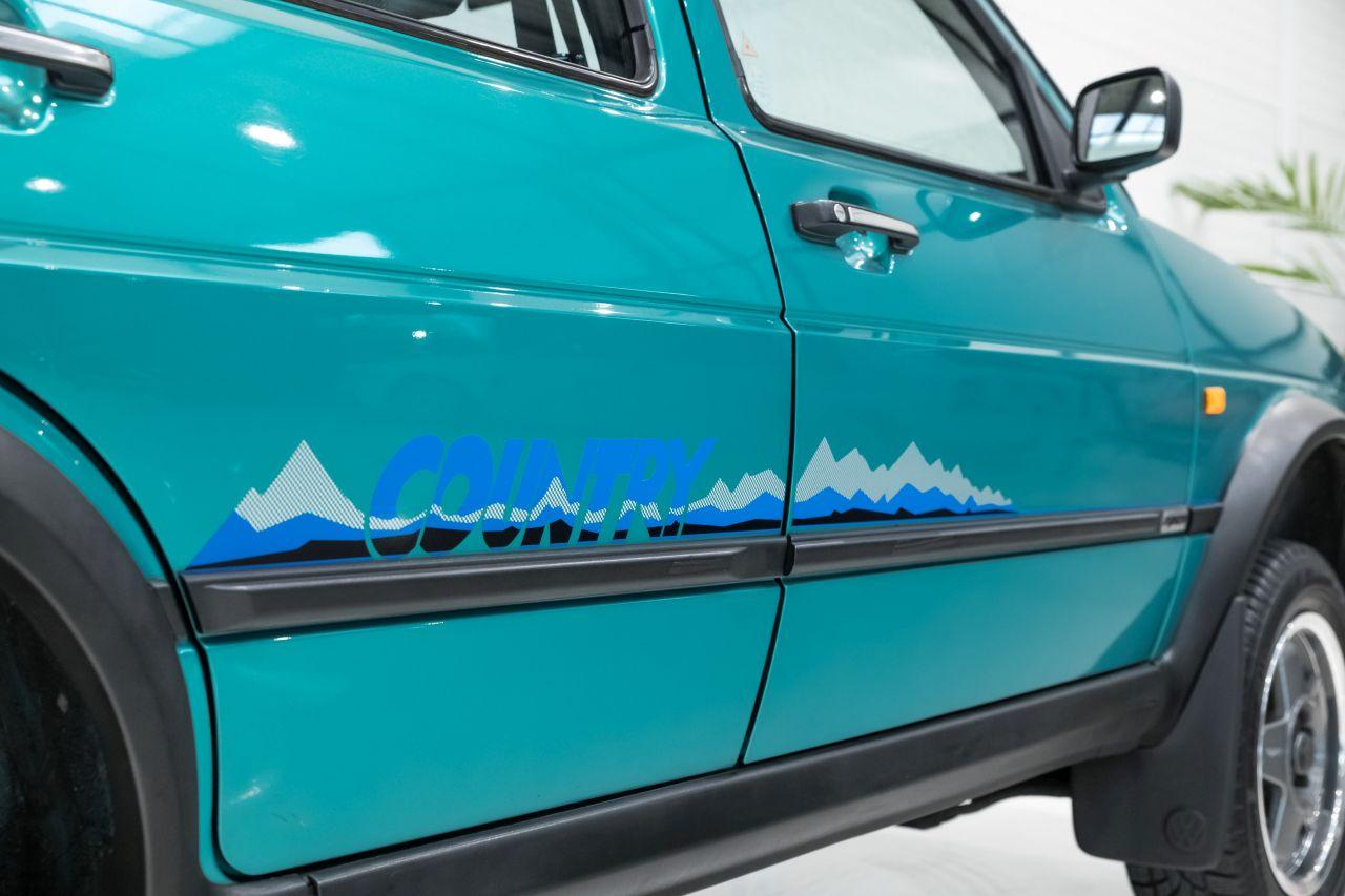 VW Golf Country - L'anti-stance dans la boue ! 3