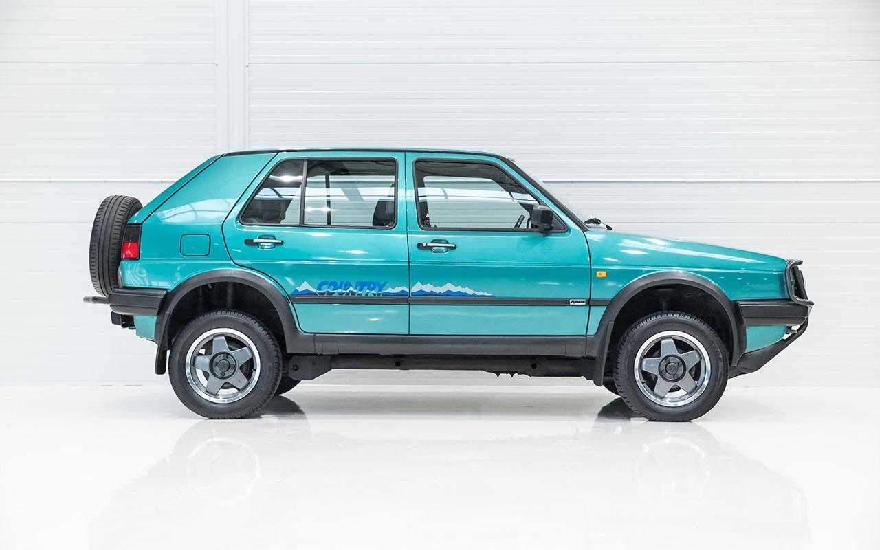 VW Golf Country - L'anti-stance dans la boue ! De l'essence dans mes veines