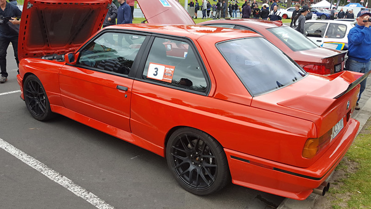 BMW M3 E30 en SB85B50... Ouais, en V10 quoi ! 7