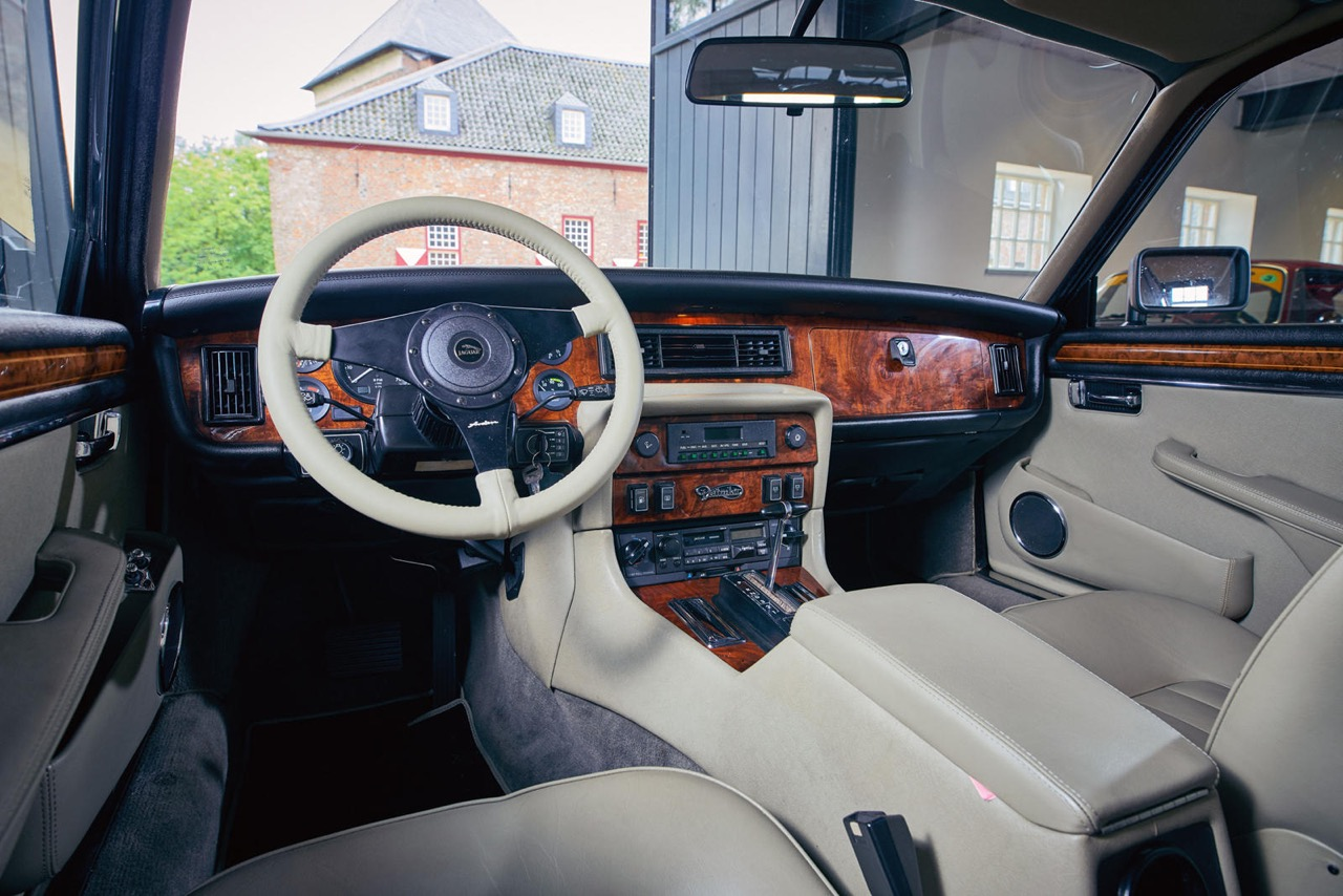 Daimler DoubleSix... Arden - Rhaaaa Lovely ! 9